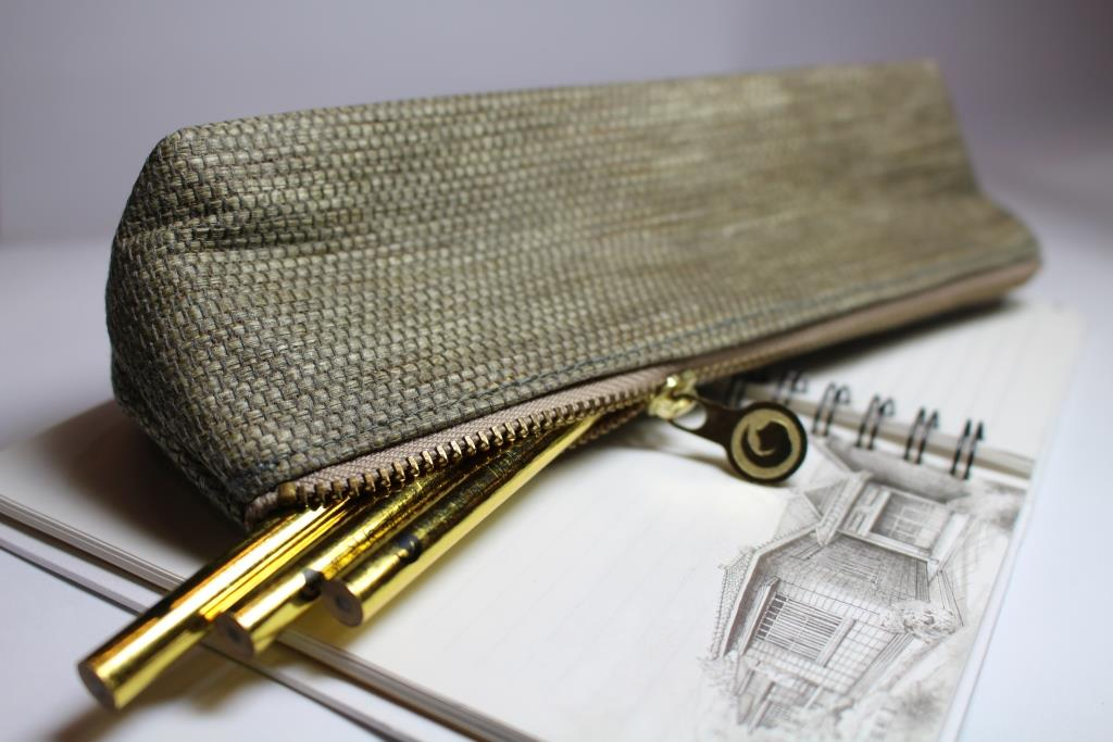 黃金三角筆袋